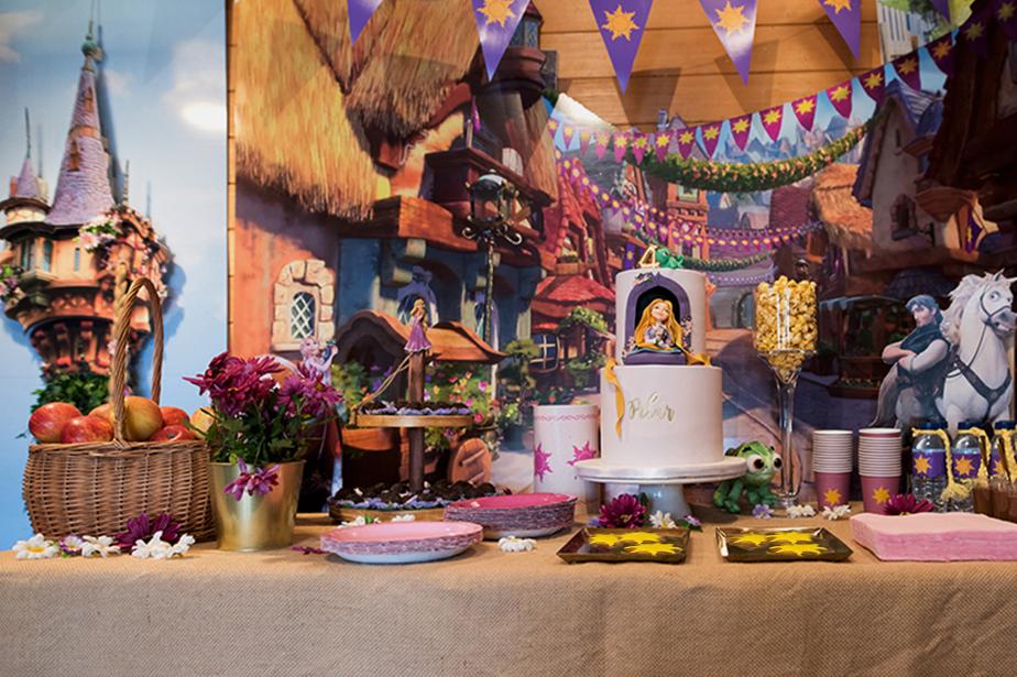 Aniversário Rapunzel – Cantinho dos Póneis